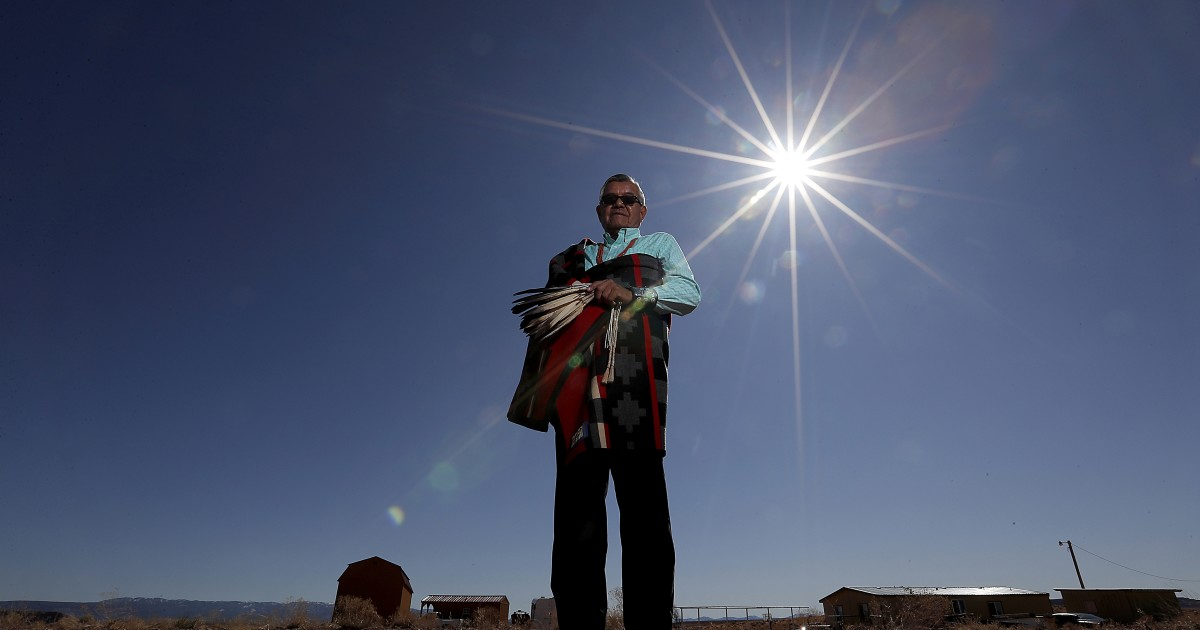Why are some Native Americans fighting efforts to decriminalize peyote?